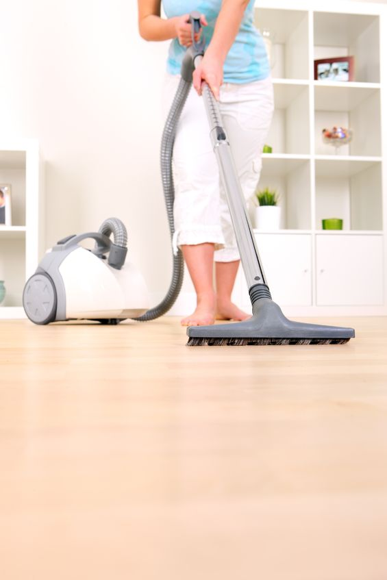 Should You Hire a Professional Carpet Cleaning Company or DIY